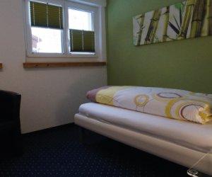 Zimmer31.jpg